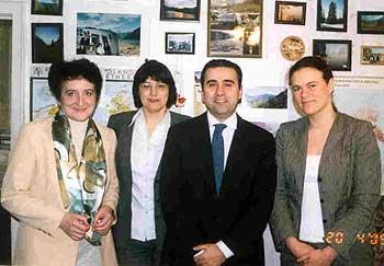 На фотографии: Ю. Салмина, Н. Чубыкина, А. Буали, И. Петерс